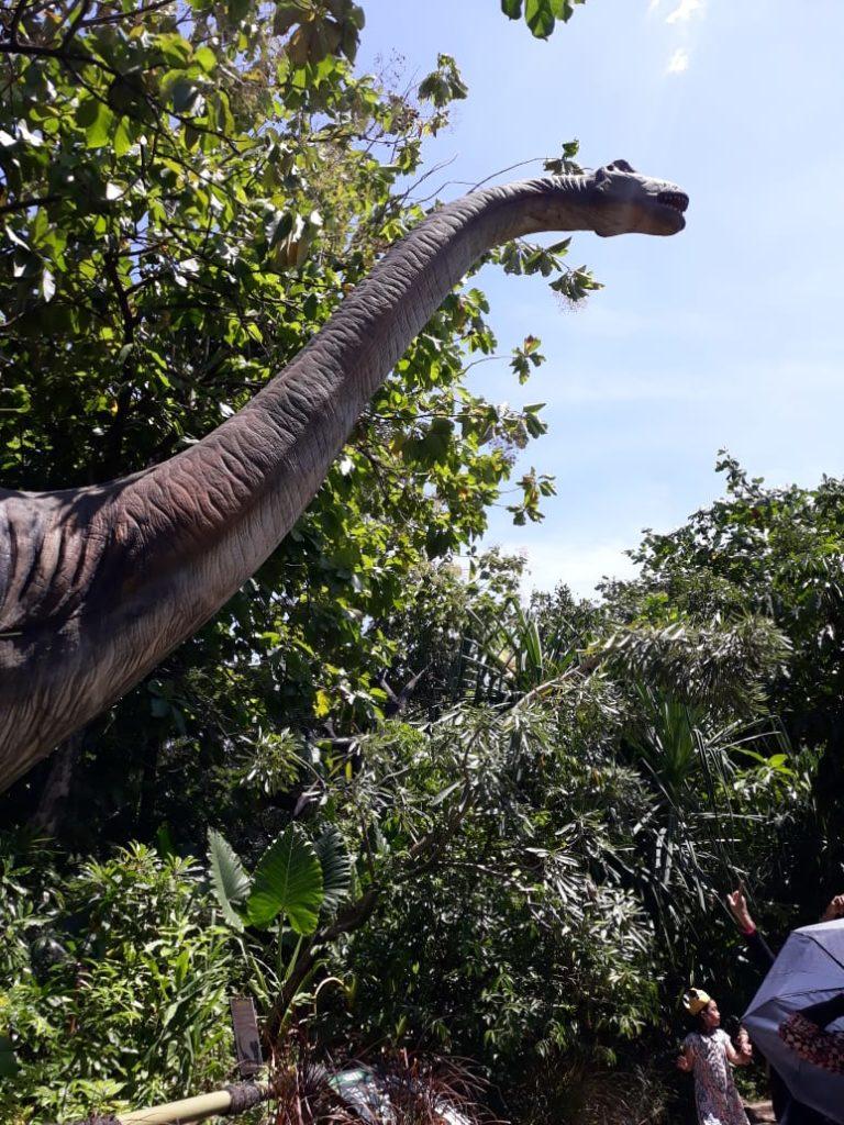 Taman Legenda TMII, Hadirkan Jurassic Park - Asian ...
